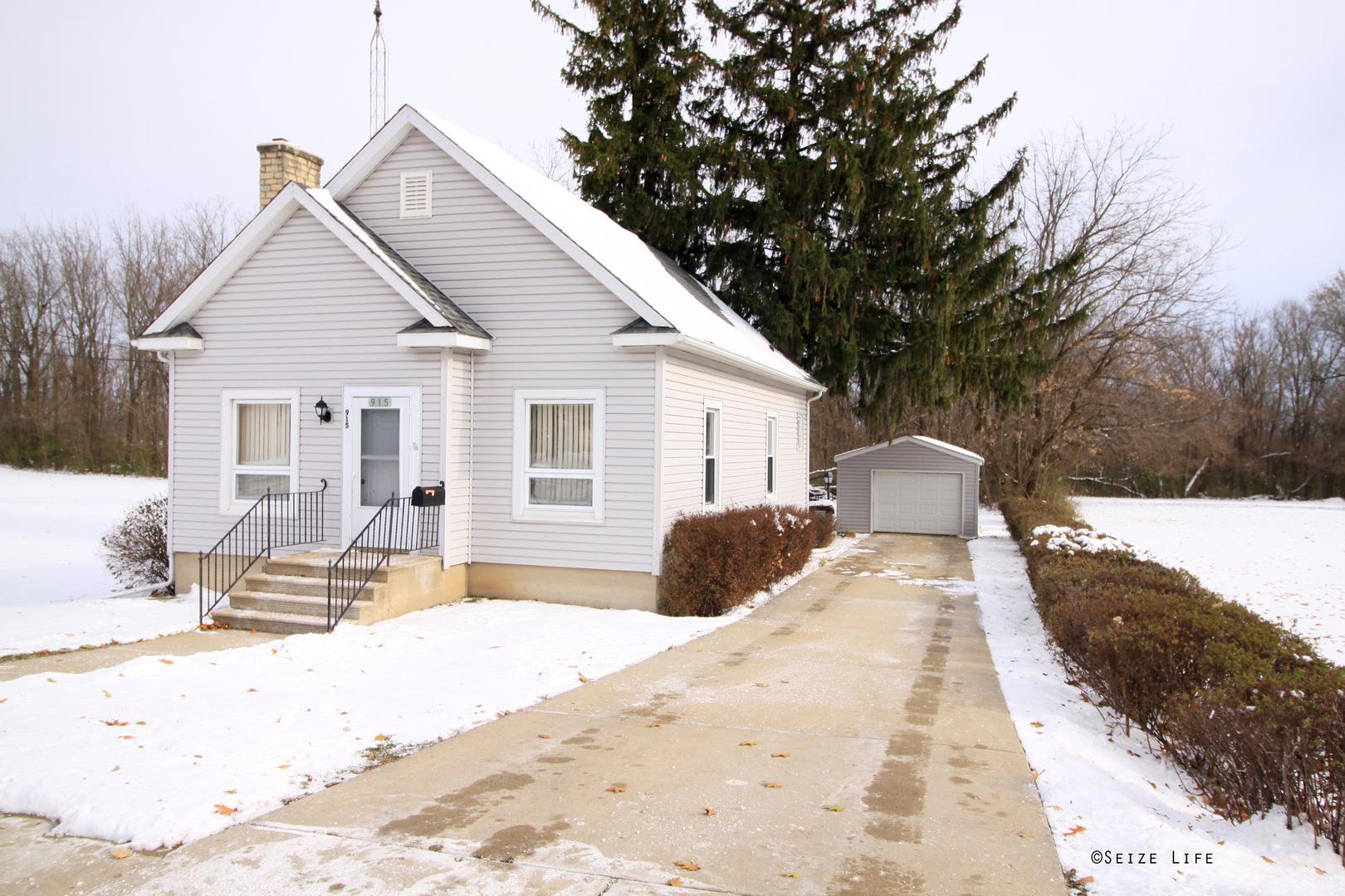 915 South State, Marengo, Illinois, 60152