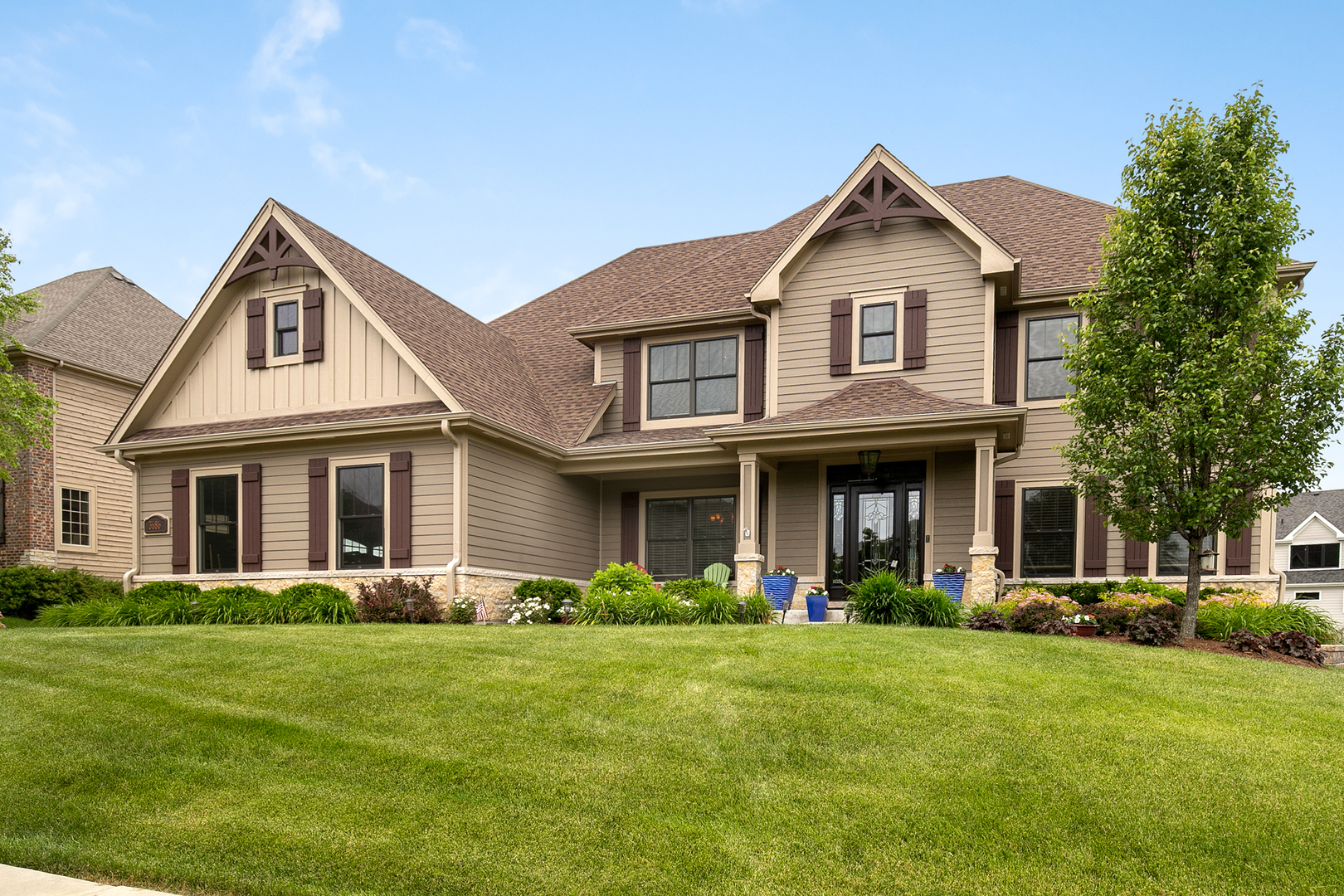 3686  Heathmoor,  ELGIN, Illinois