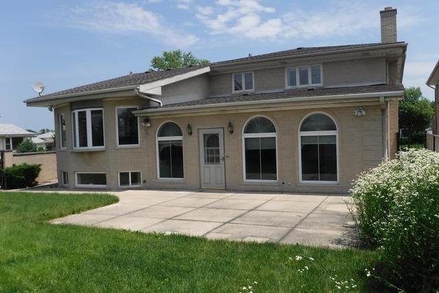 8536 North Chester, NILES, Illinois, 60714