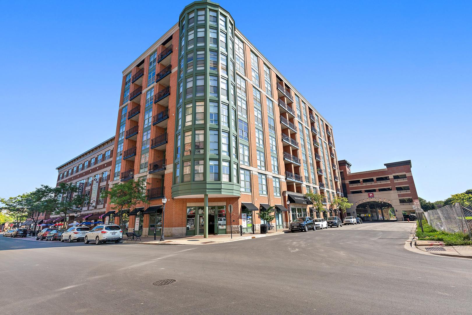 1 S Highland Avenue, Unit 405, Arlington Heights, Il 60005