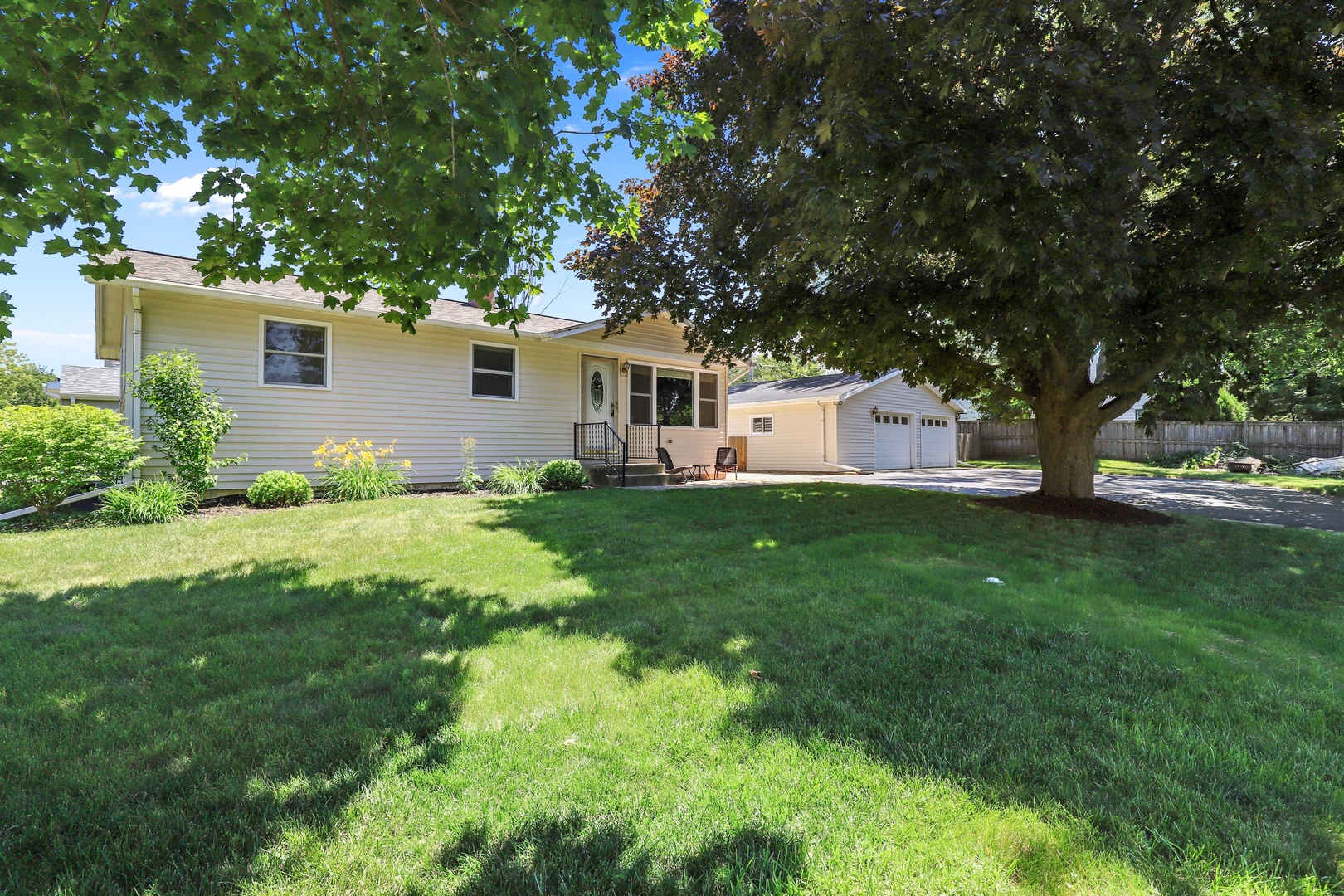 18609 West Old Plank Road, Grayslake, Illinois 60030