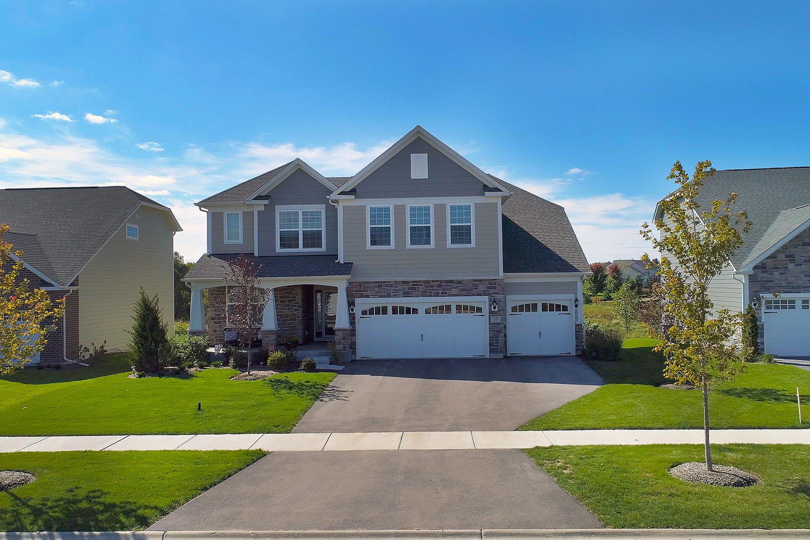 19 Andrew Lane, Hawthorn Woods, Illinois 60047