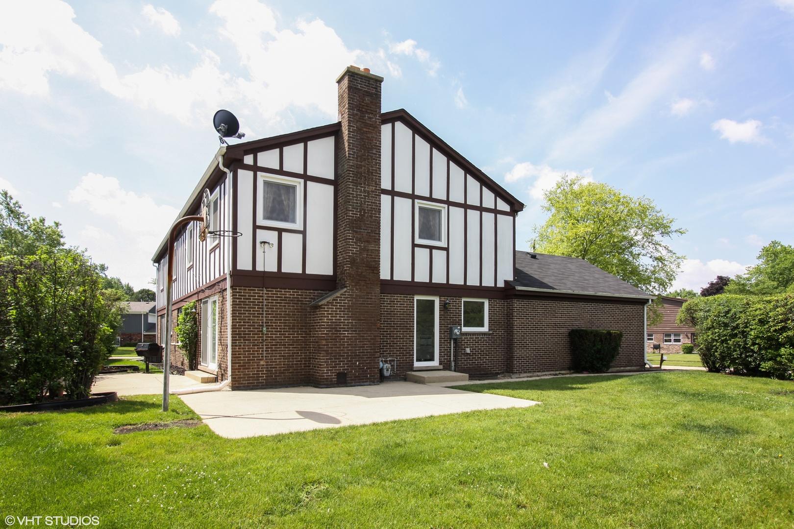 855 Sutton, NORTHBROOK, Illinois, 60062