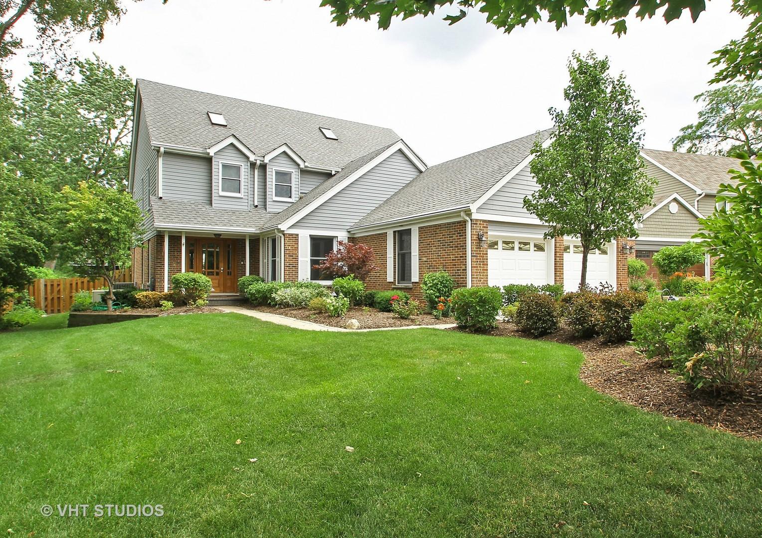 2686 Briarwood Lane, Glenview, IL 60025