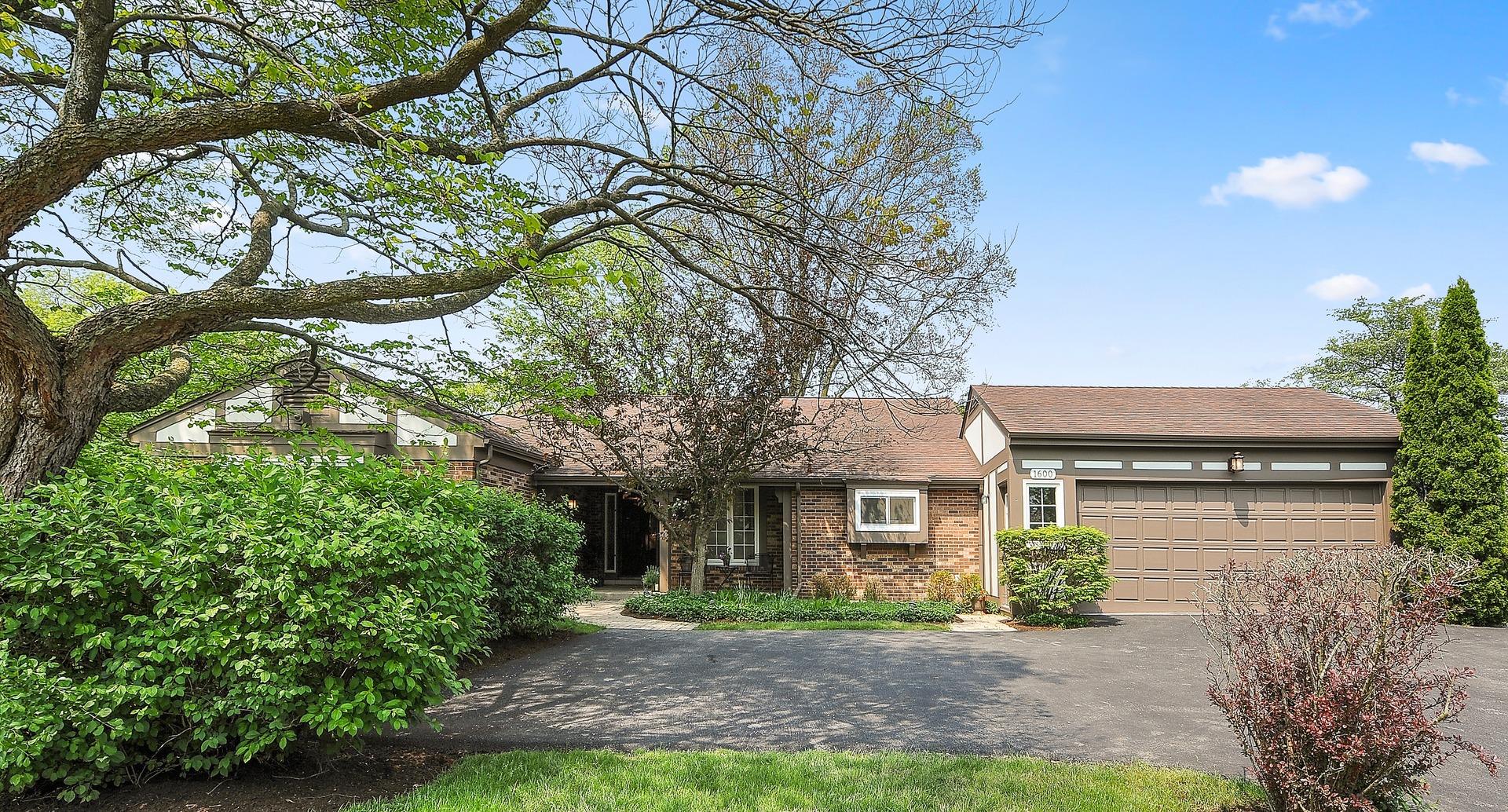 1600 Sunset Ridge, Glenview, Illinois, 60025