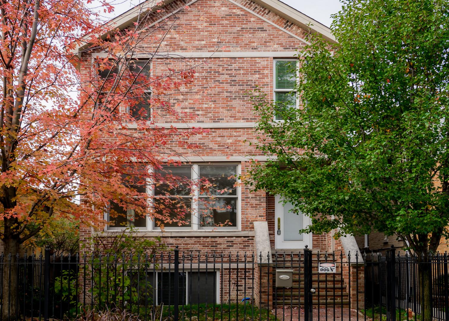 3238 N PIONEER Exterior Photo