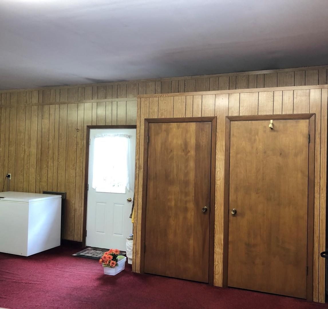 315 North Locust, ROBERTS, Illinois, 60962