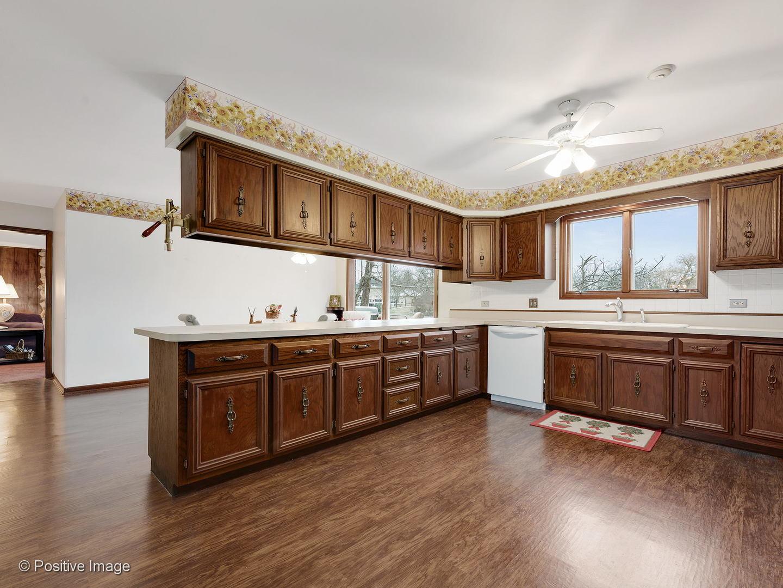 704 Brougham, Oak Brook, Illinois, 60523