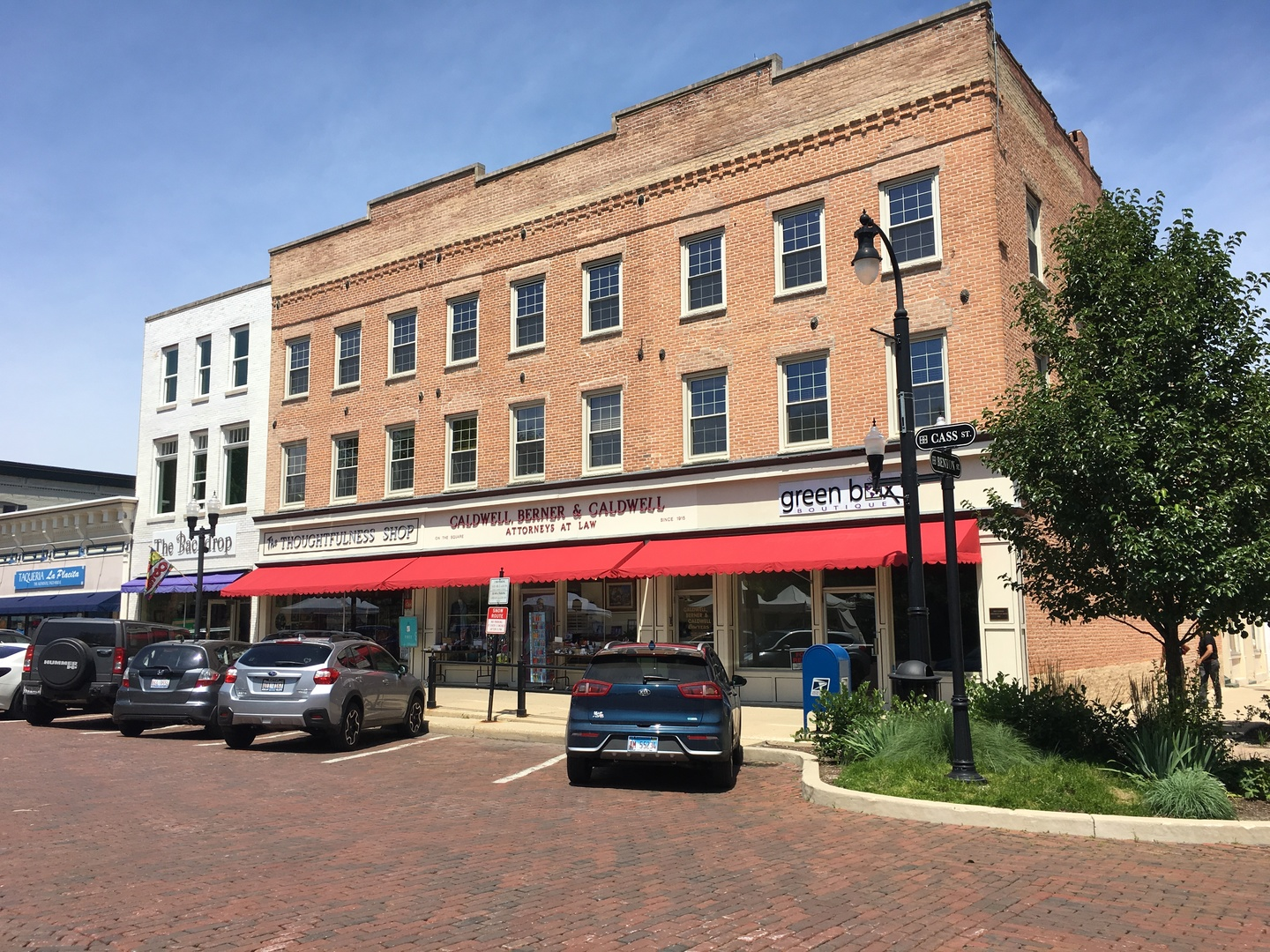 Property for sale at 102 Cass Street, Woodstock,  IL 60098