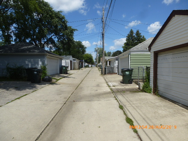 123 48th, Bellwood, Illinois, 60104