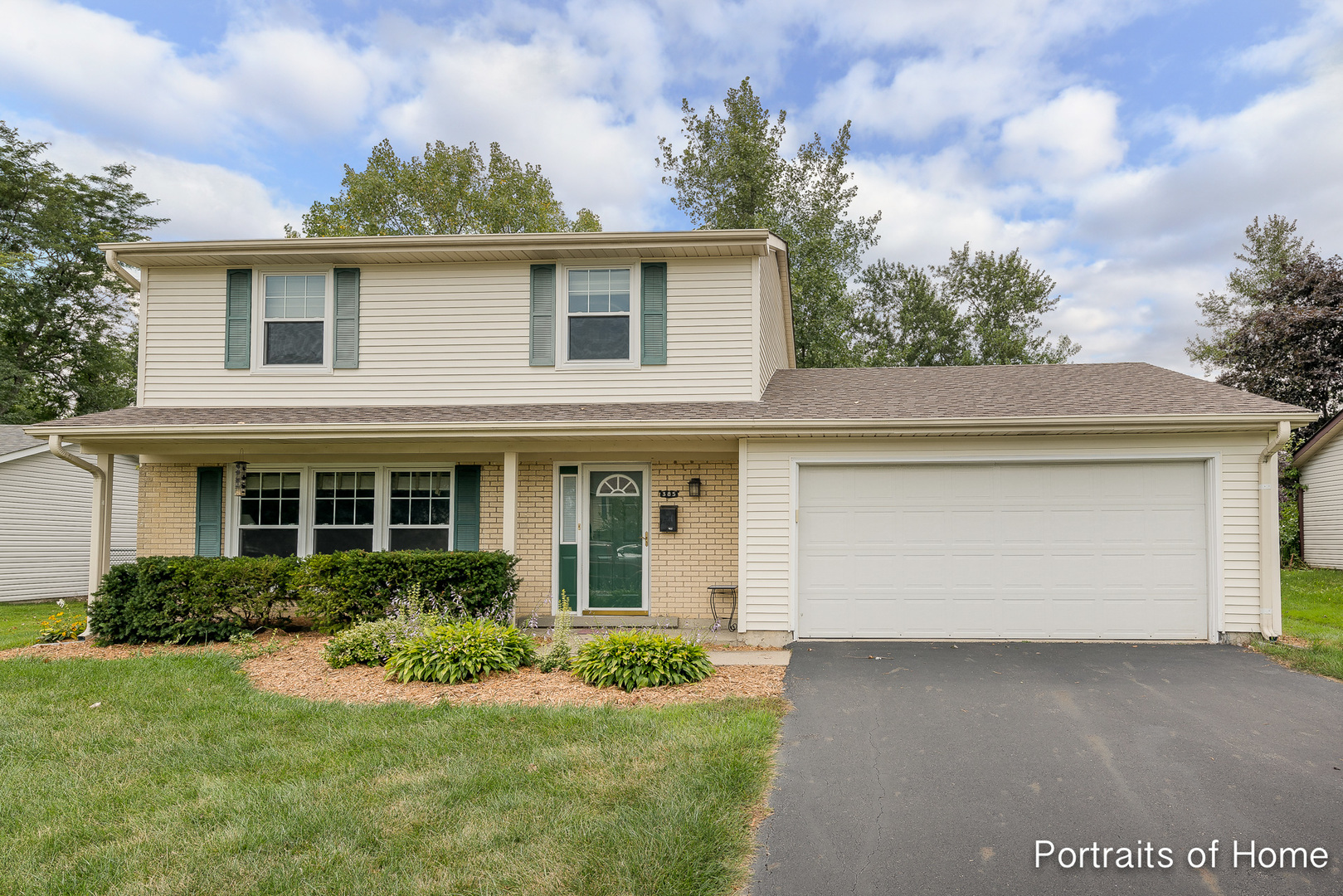 385 Pebblecreek Drive, Lake Zurich, Illinois 60047