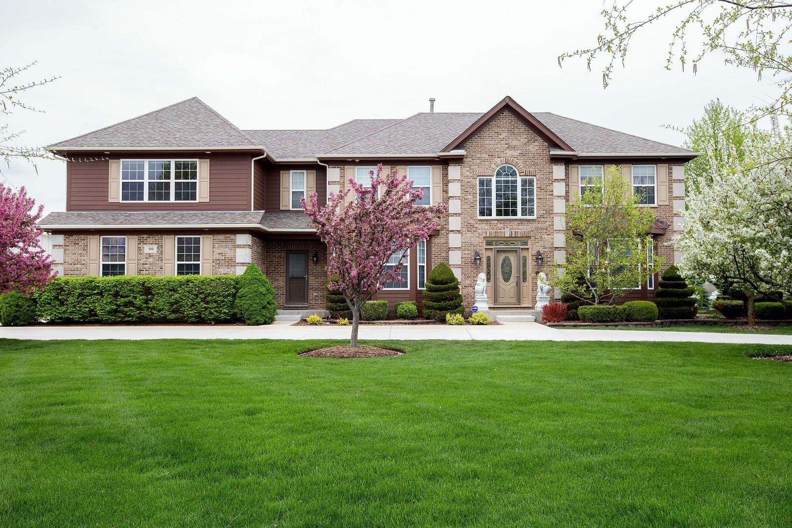 510 Pond Gate Drive, Barrington Hills, Illinois 60010