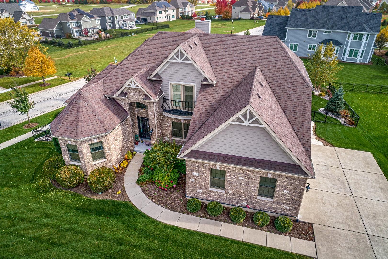 3713  Peregrine,  ELGIN, Illinois
