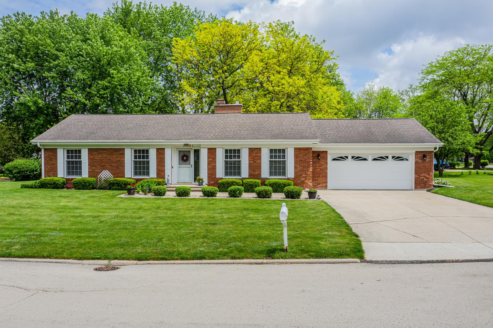 1401 Hillcrest, Mendota, Illinois, 61342