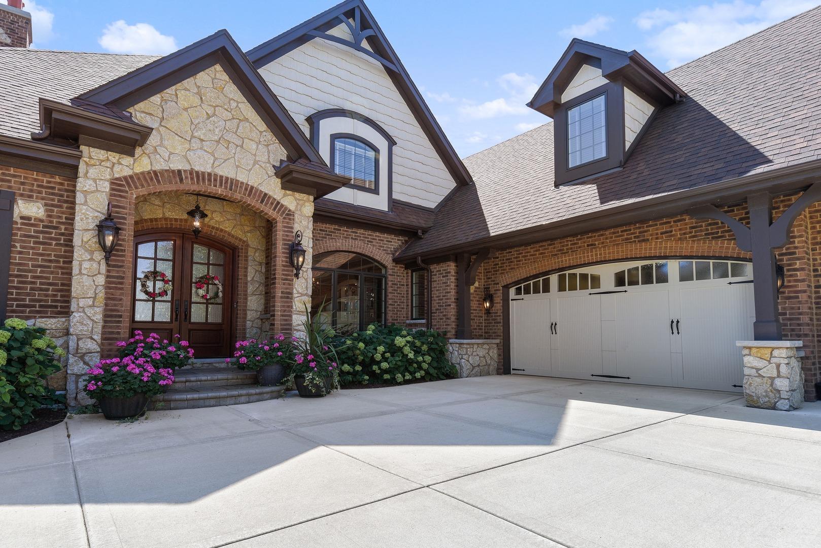 11699 Flagstone Turn, Frankfort, Illinois, 60423