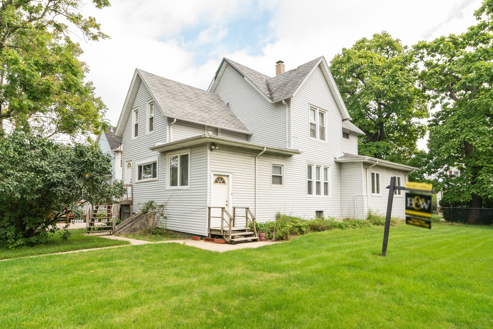 316 South 3rd, Maywood, Illinois, 60153