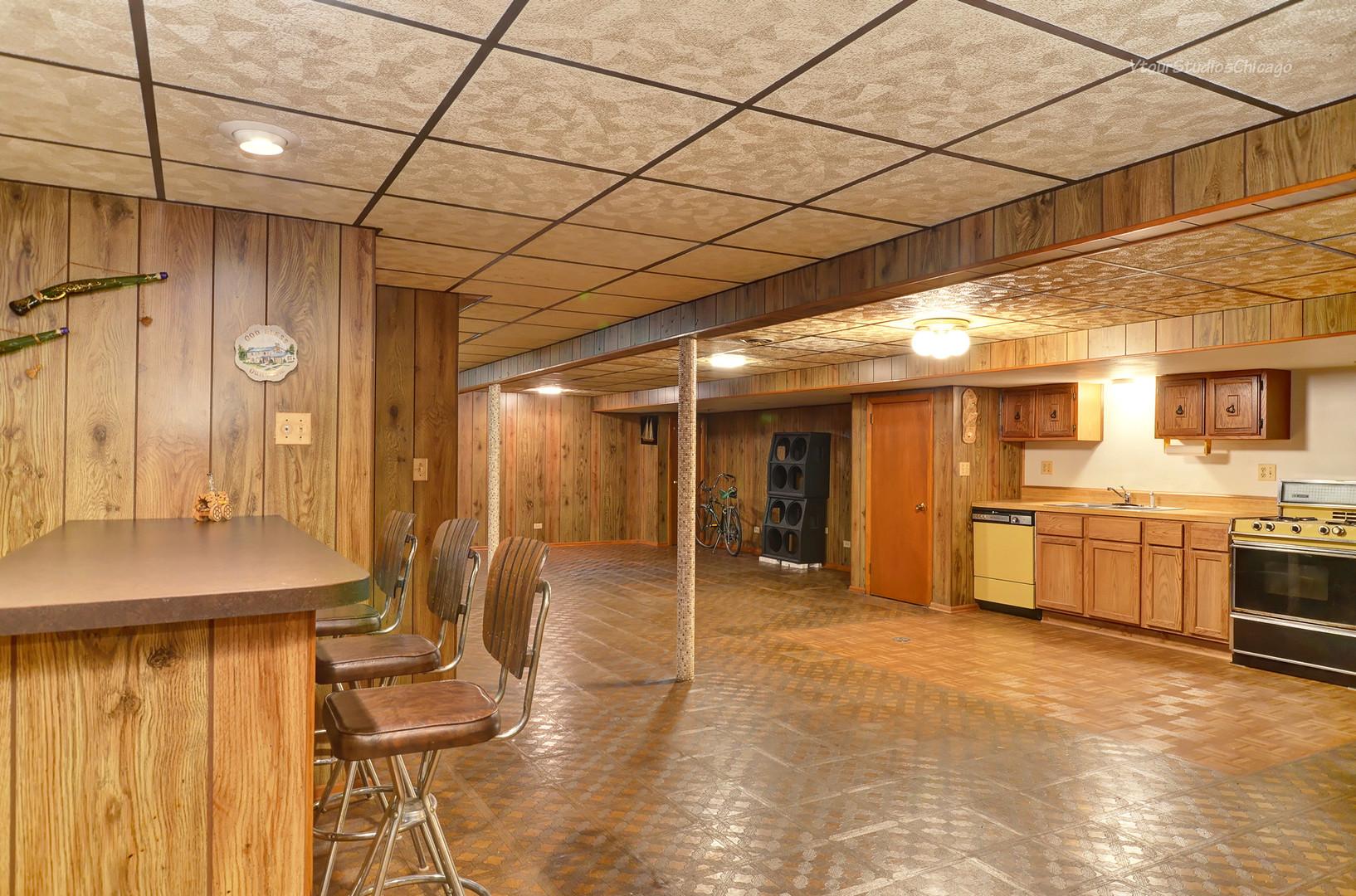 3757 Scott, Schiller Park, Illinois, 60176