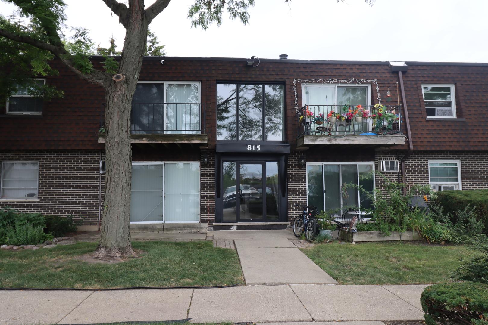 815 Grove Drive, Unit 112, Buffalo Grove, Il 60089