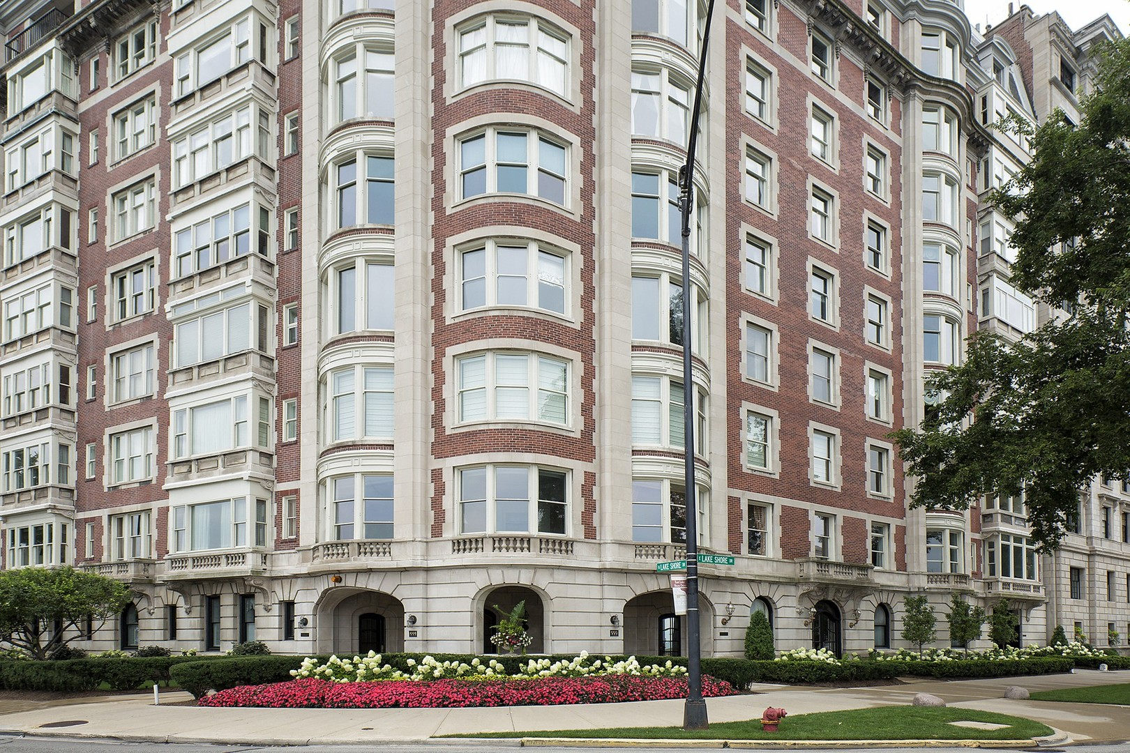 Property for sale at 999 North Lake Shore Drive Unit: 2C, Chicago-Near North Side,  IL 60611