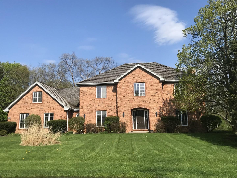 36 St John Drive, Hawthorn Woods, Illinois 60047