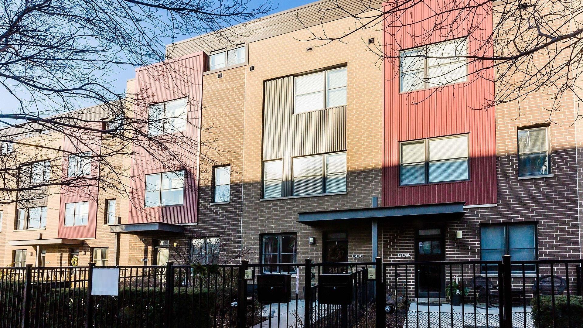 606 W 16th Exterior Photo