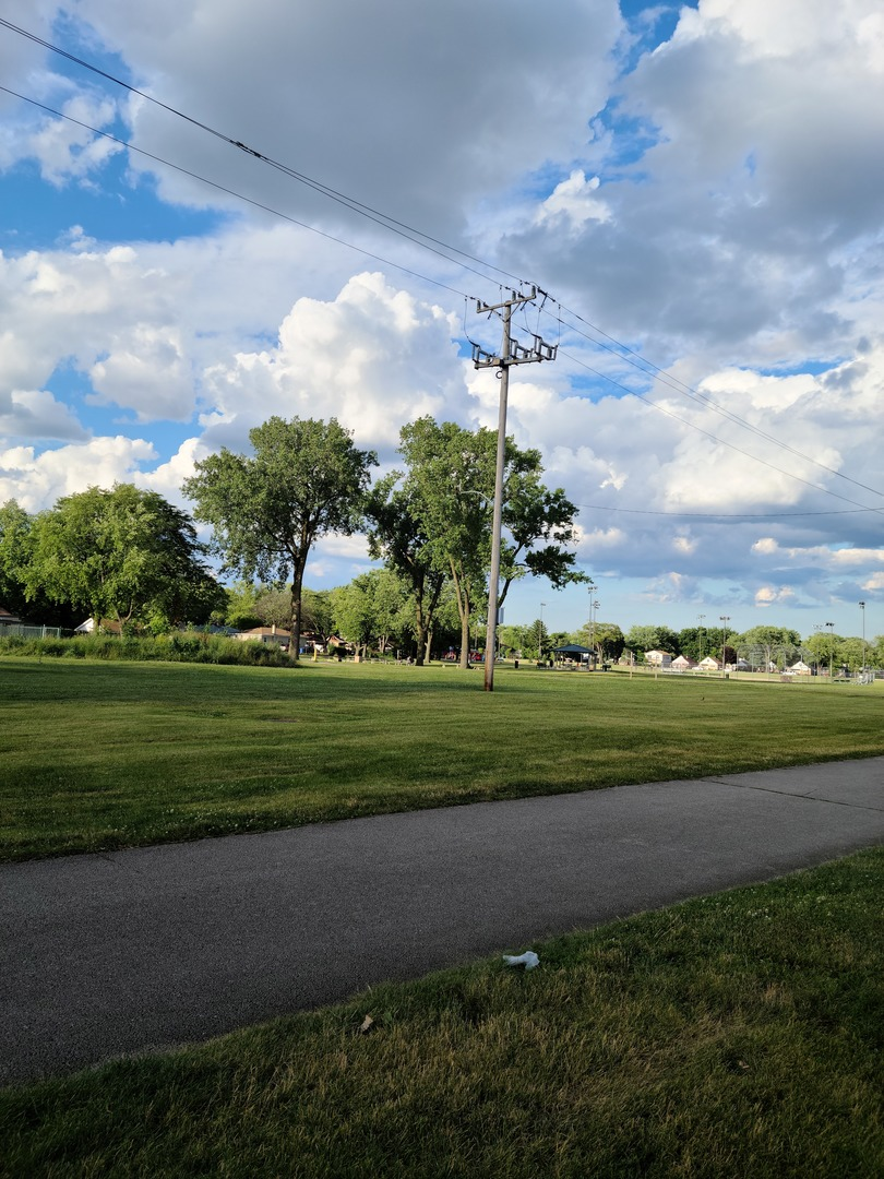 605 North Wolf C1, Hillside, Illinois, 60162