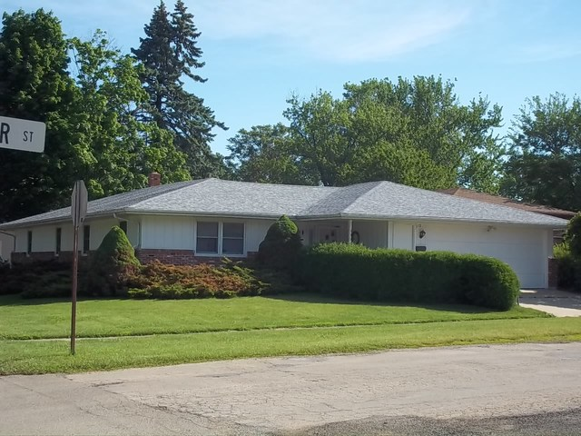 110 W Webster Street, Polo, IL 61064