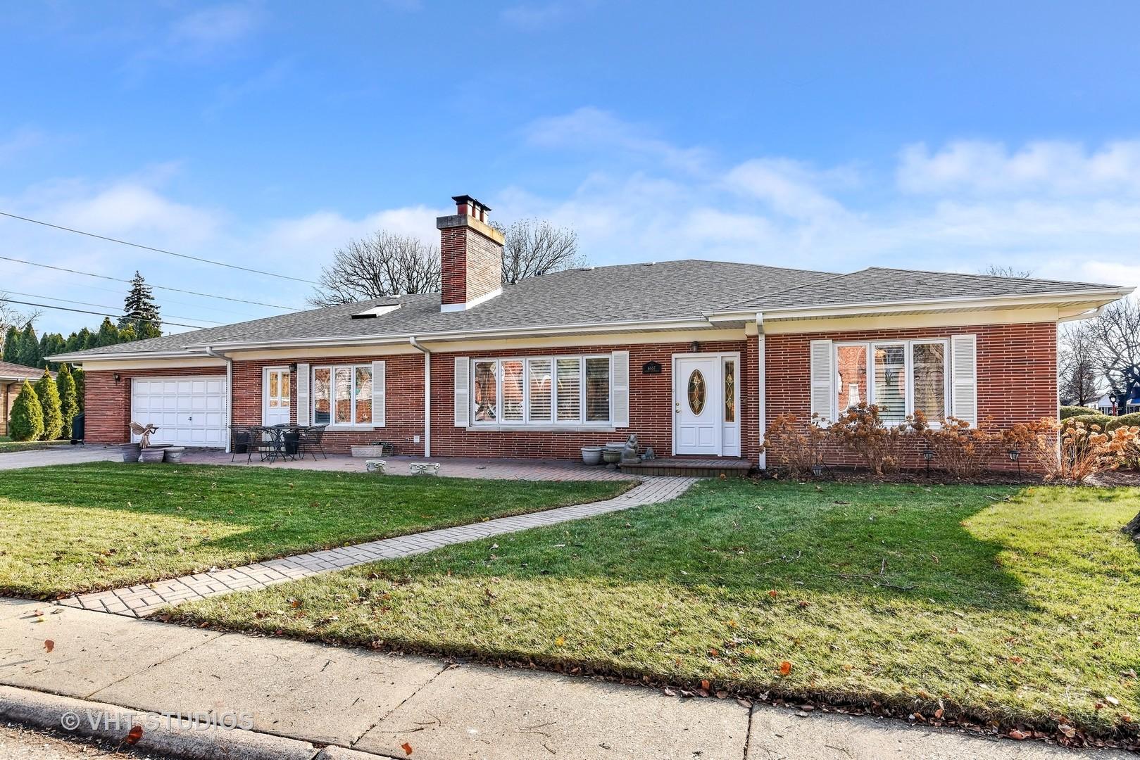 6557 North Kilpatrick, LINCOLNWOOD, Illinois, 60712