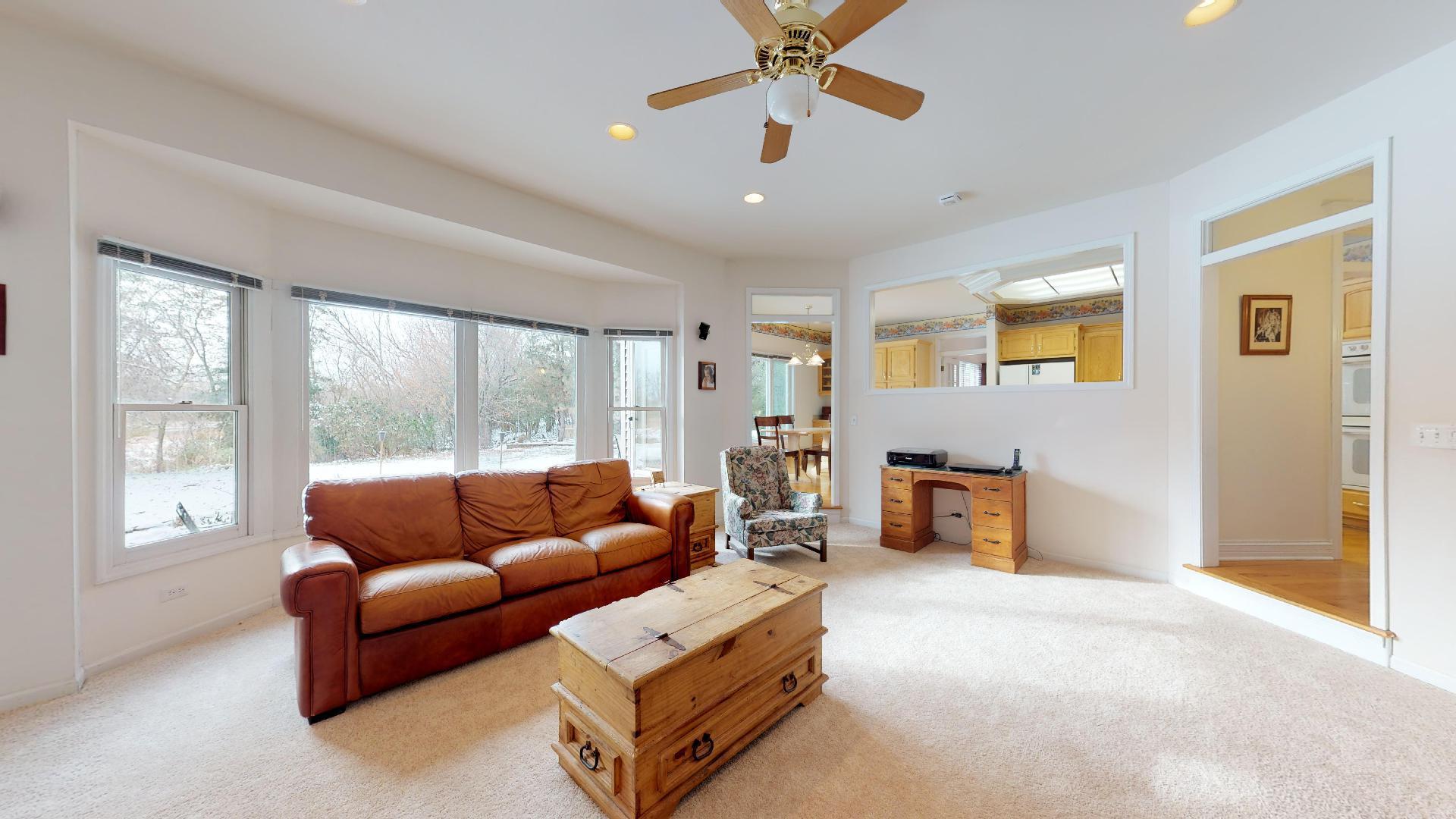 650 Kendridge, Aurora, Illinois, 60502