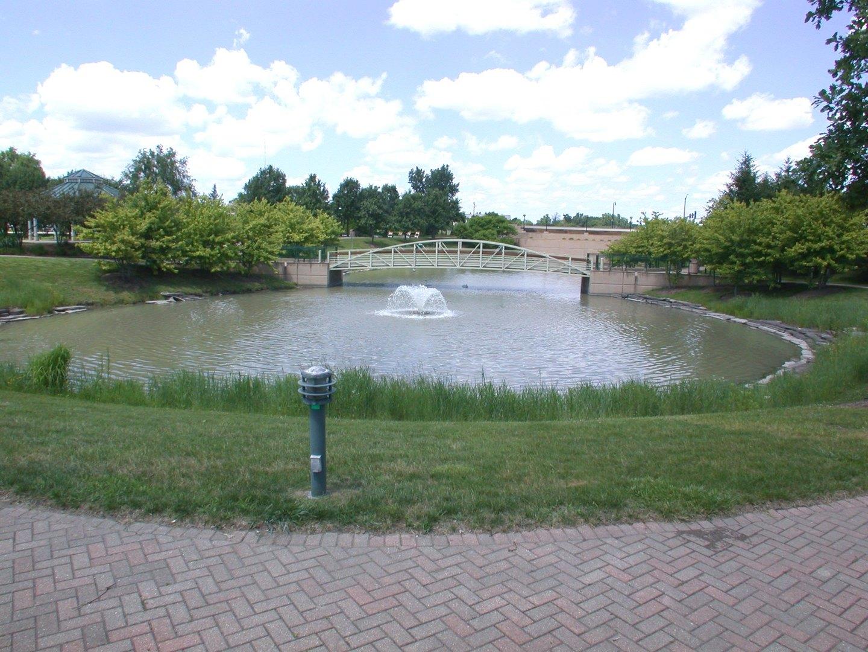 142 Klein Creek A, CAROL STREAM, Illinois, 60188