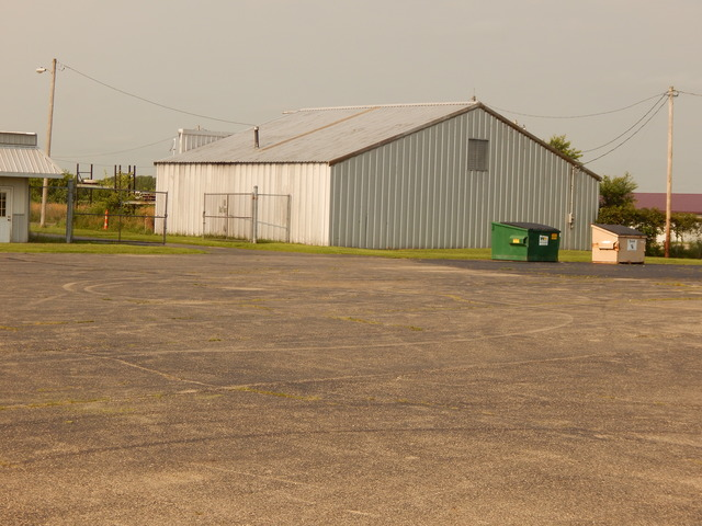 1592 N 30th Road HANGAR, Ottawa, IL 61350