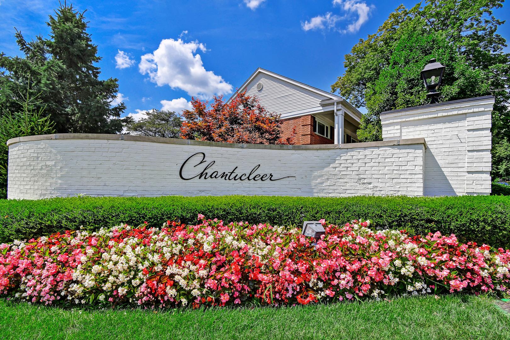 404 Chanticleer, Hinsdale, Illinois, 60521