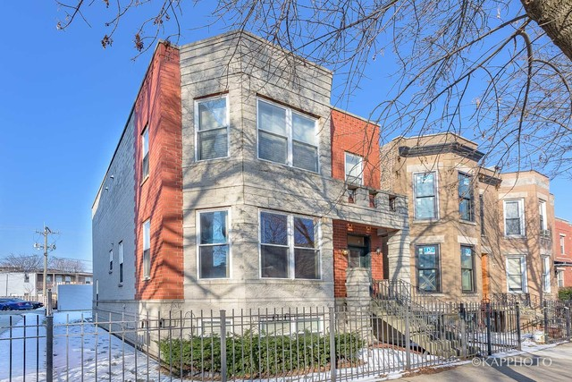 3430 South Giles, Chicago, Illinois, 60616