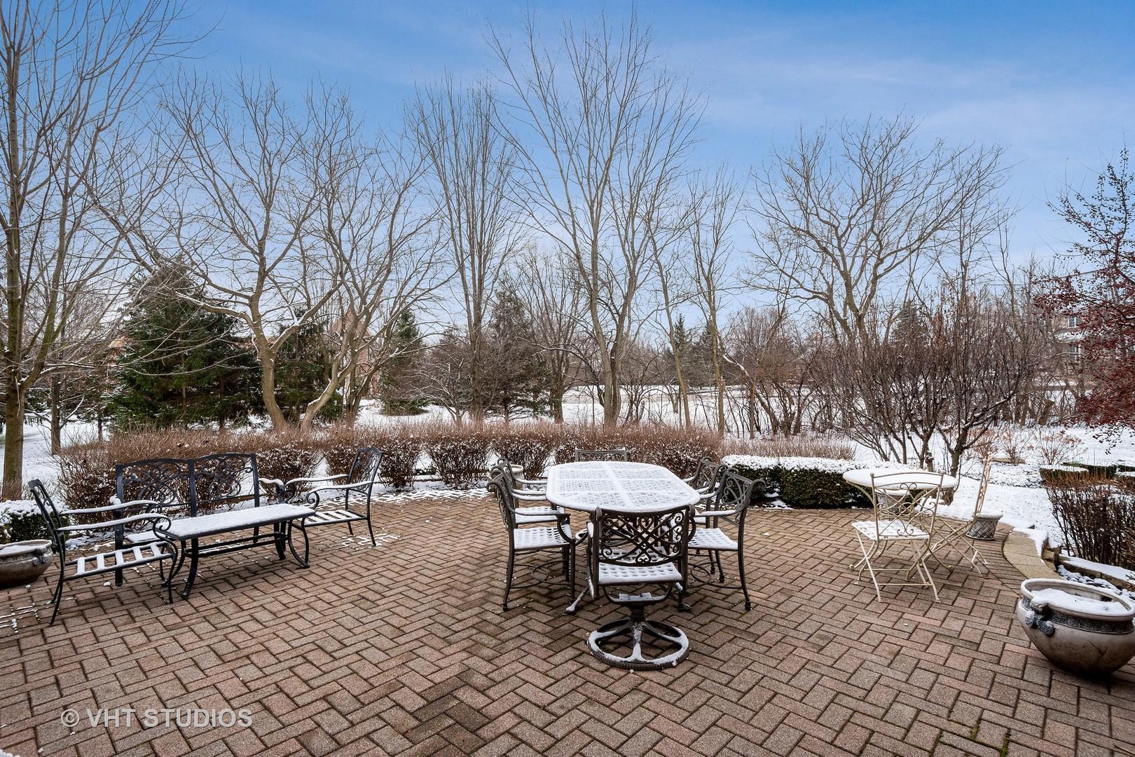 16 Carnoustie, Inverness, Illinois, 60067
