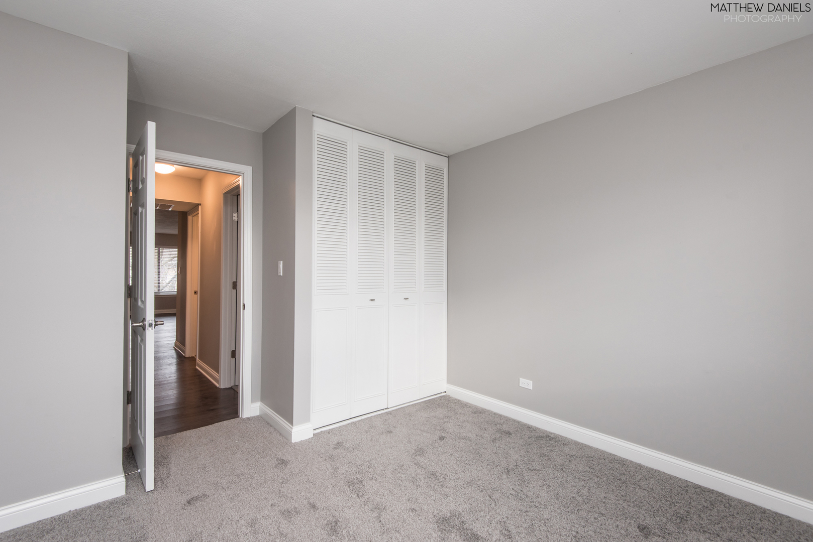 1745 Robin Walk B, Hoffman Estates, Illinois, 60169