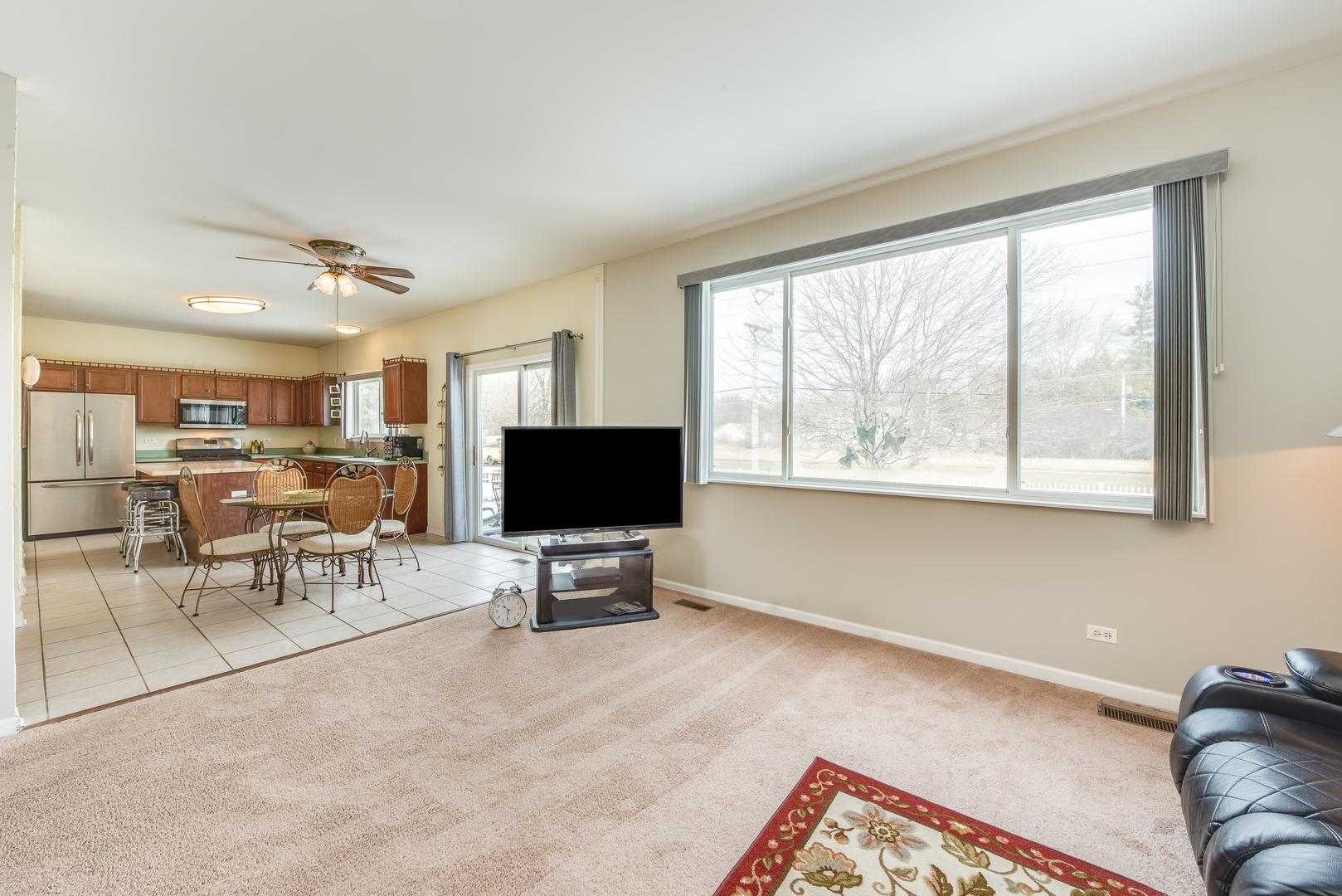 617 Charolotte, Oswego, Illinois, 60543