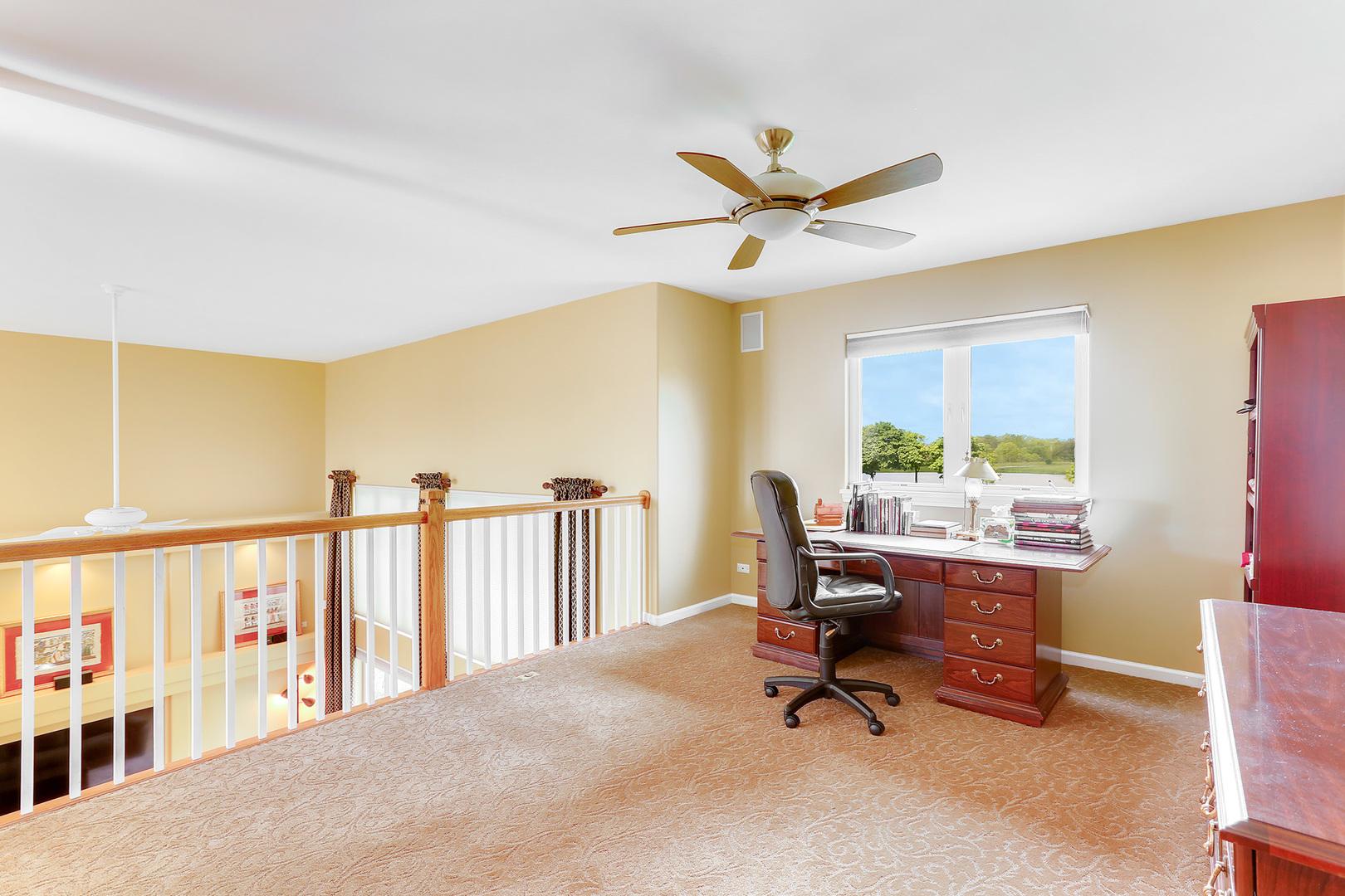 2556 Pinehurst, AURORA, Illinois, 60506