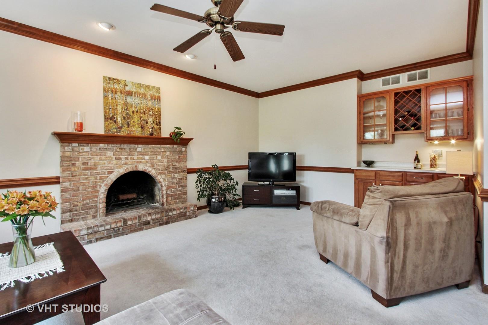 3541 Lakeview, ALGONQUIN, Illinois, 60102
