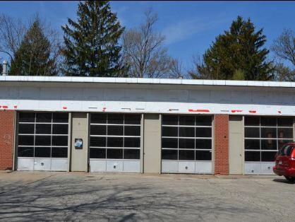1148 Waukegan Road, Glenview, IL 60025