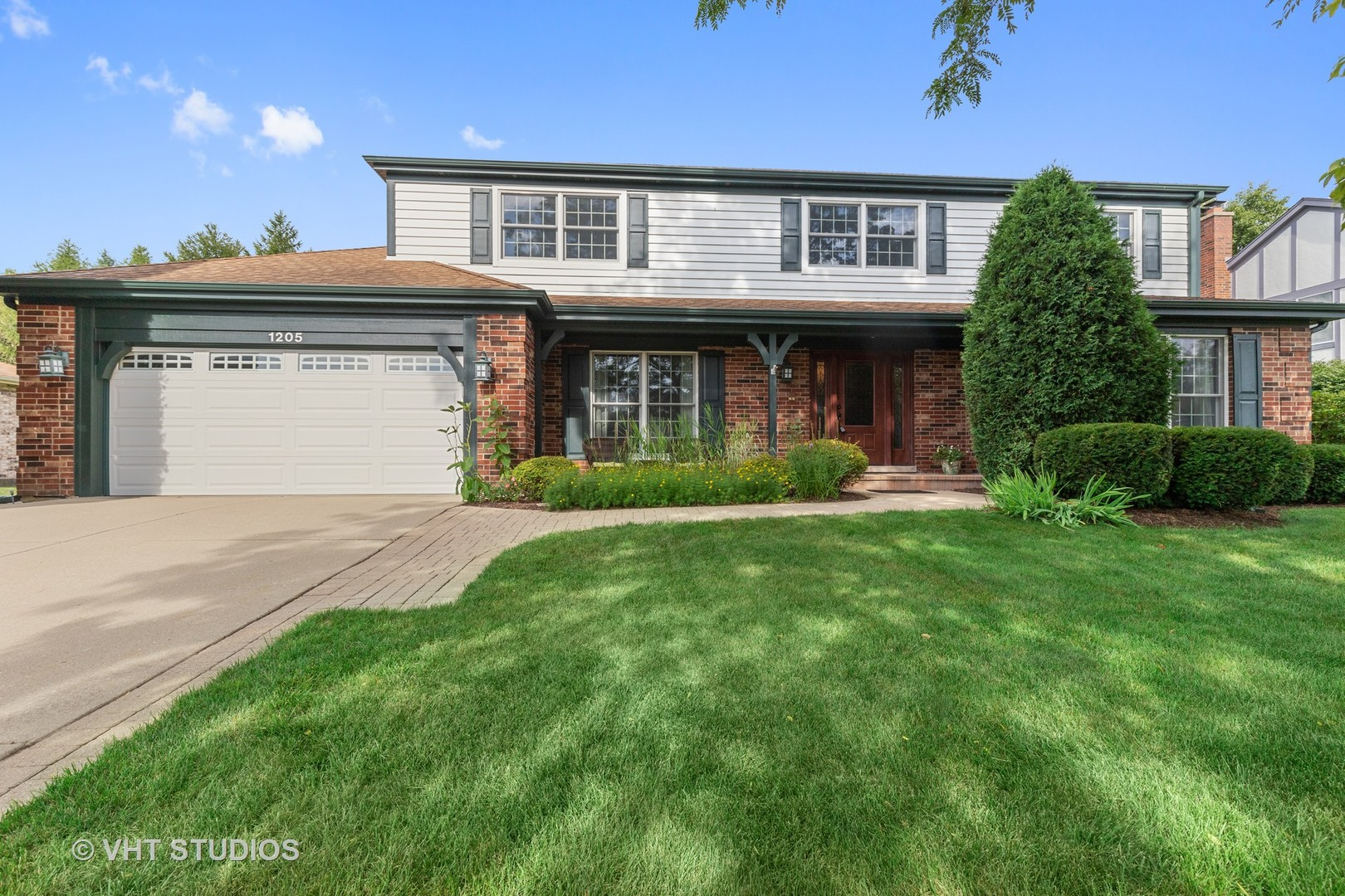 1205 Virginia Avenue, Libertyville, Illinois 60048