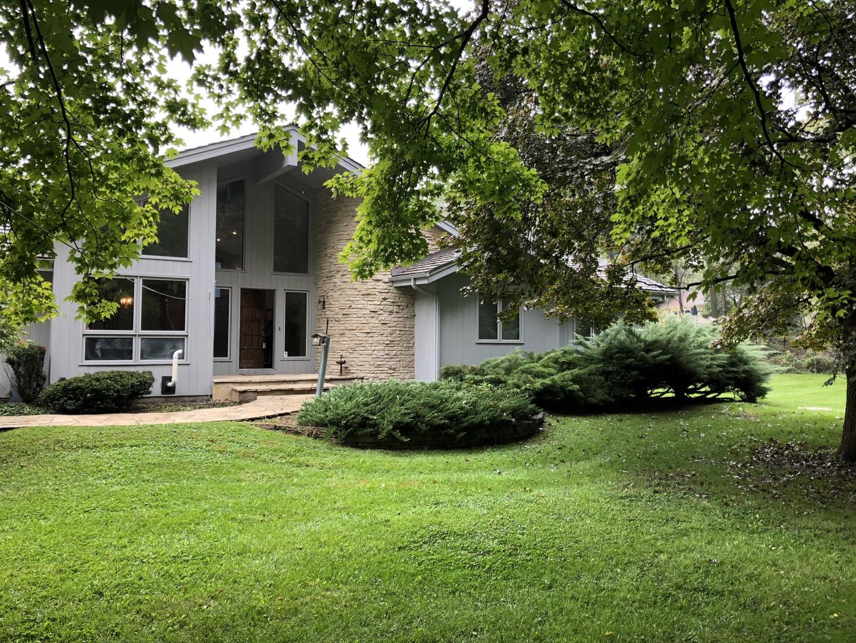 23760 West Barnswallow Lane, Wauconda, Illinois 60084
