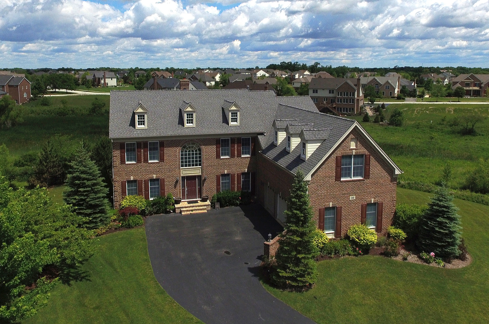 32 Doral Drive, Hawthorn Woods, Illinois 60047