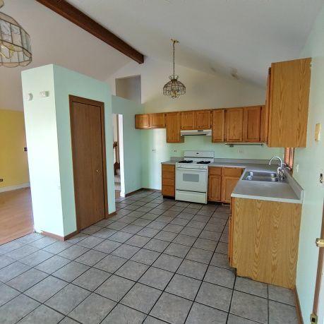 15 Woodland, Fox Lake, Illinois, 60020