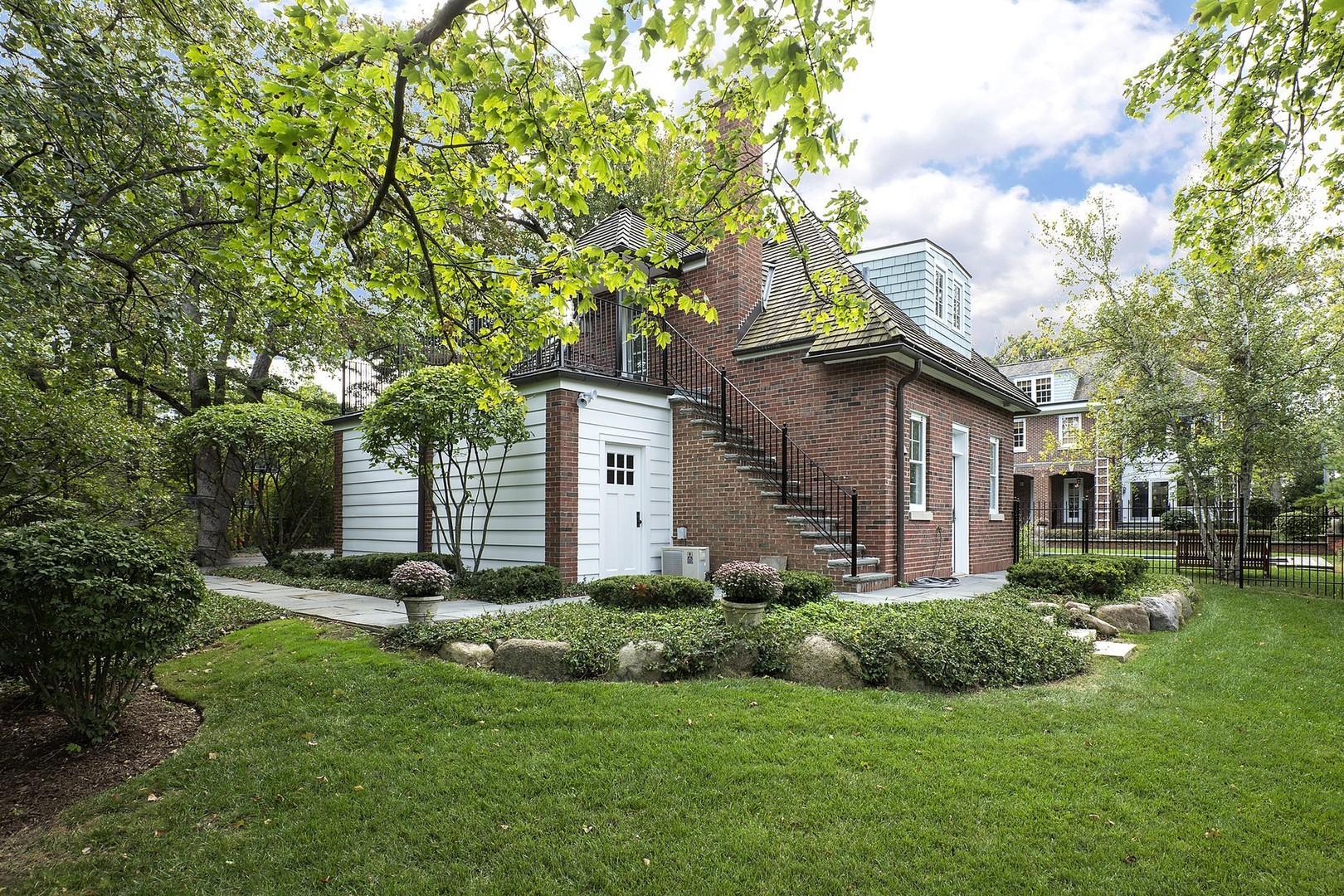 15 OLD GREEN BAY, WINNETKA, Illinois, 60093