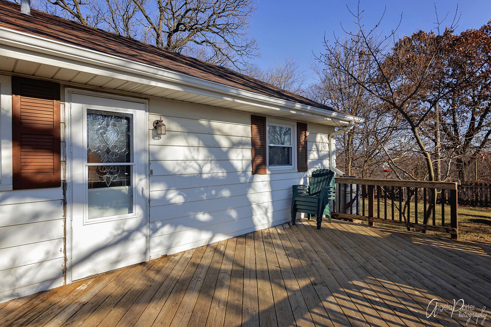 38 South Maple, Fox Lake, Illinois, 60020