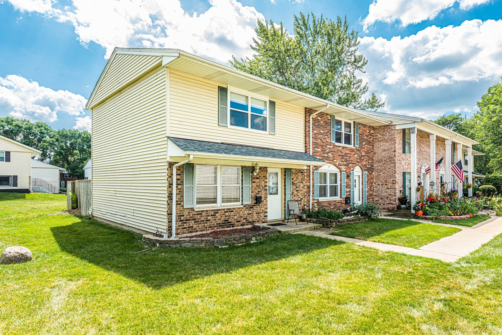 1653 McKool, STREAMWOOD, Illinois, 60107