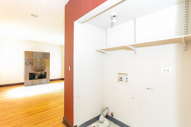 3704 South King 1D, CHICAGO, Illinois, 60653