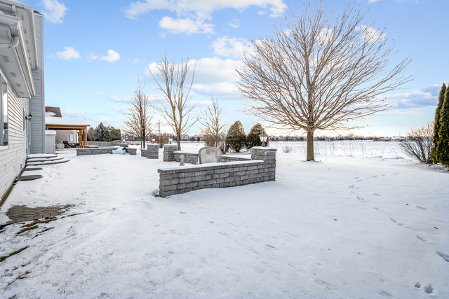 311 Warwick, Lake In The Hills, Illinois, 60156