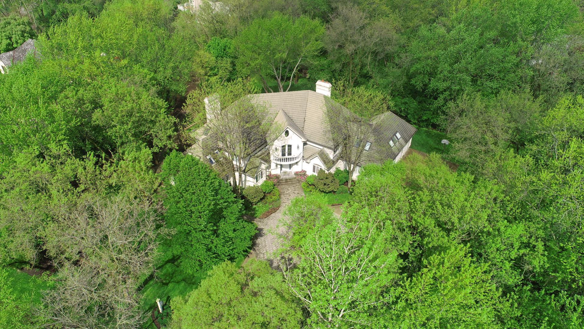5906 Kildeer Court, Long Grove, Illinois 60047