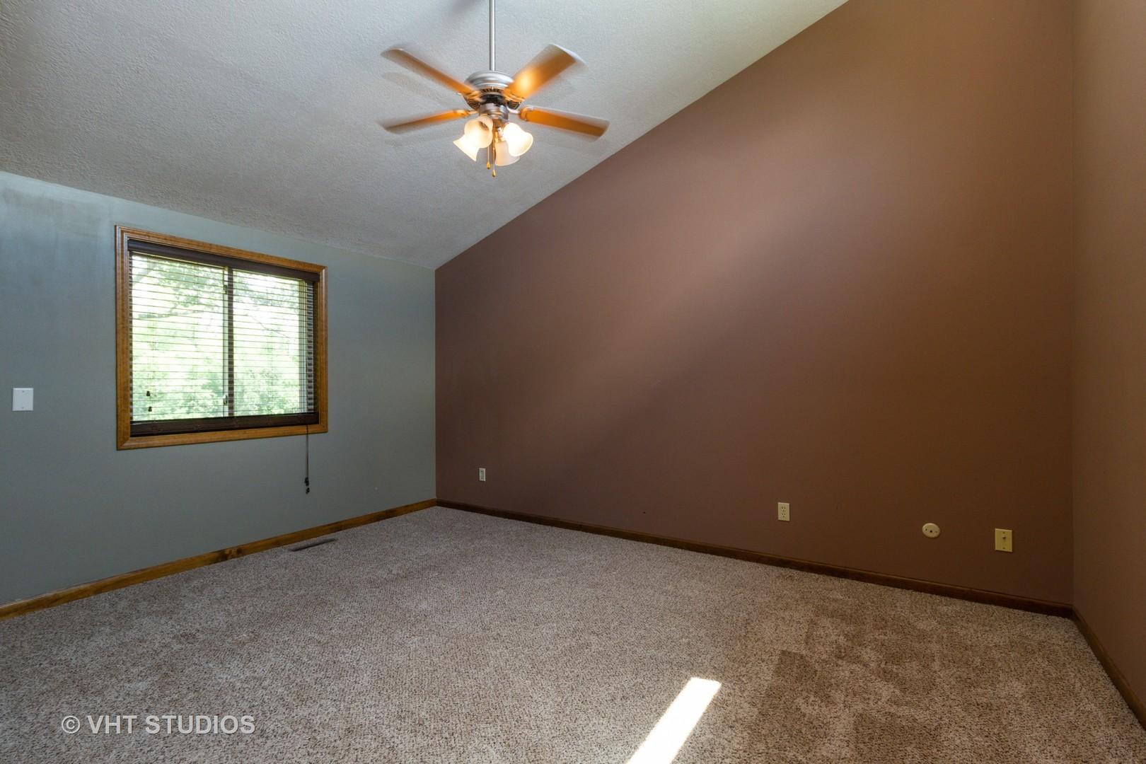 1221E 5000 So., St. Anne, Illinois, 60964